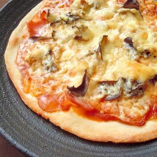 米粉入り★ベーコンと舞茸のピザ