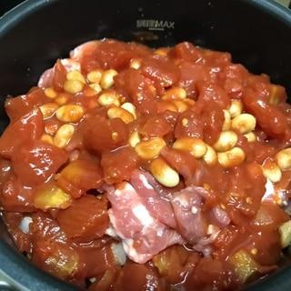 電気圧力鍋でトマト無水カレー