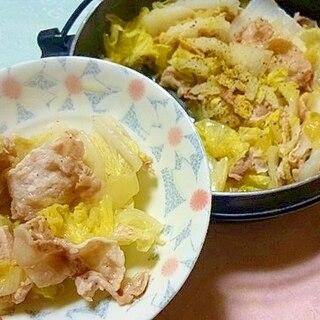 さっぱりうまい!塩レモンで豚と白菜のミルフィーユ鍋