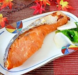 塩麹と味噌に漬け込んで☆鮭の西京焼