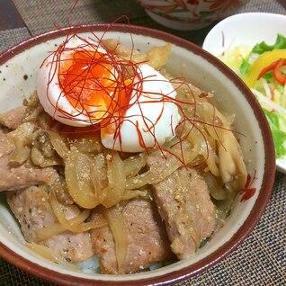 厚めのお肉で超柔らか 秘密の豚丼
