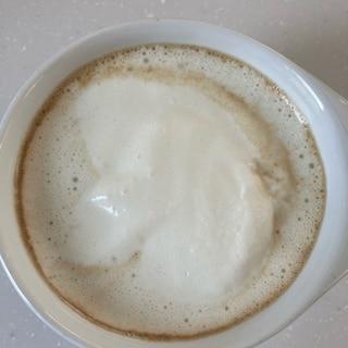 ホワイトチョコレート香るウインナーコーヒー