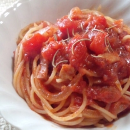 塩トマトで、つくりました。 簡単なのに… とっても、美味しかったです♪ お客様にも、好評でした! ごちそう様でした。