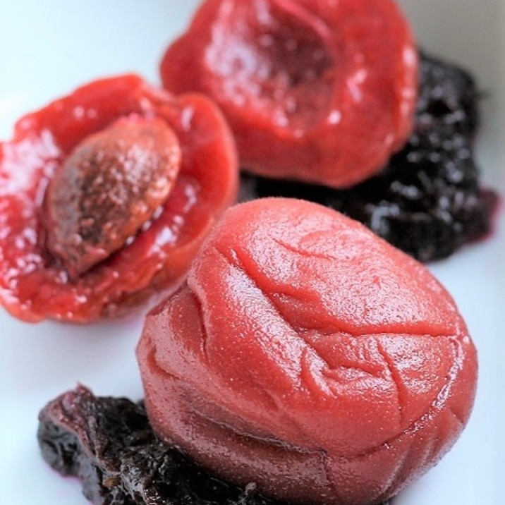 八助梅(杏)の甘酸っぱいお茶請♪赤紫蘇風味が美味♪