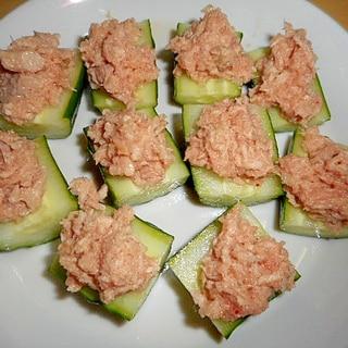 簡単!胡瓜に明太子+シーチキンのマヨ和えのせ