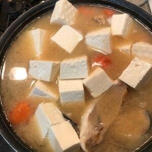秋鮭を使って♪北海道の美味しい石狩汁