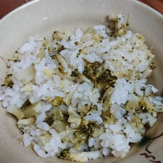 ヘルシーなブロッコリー炊き込みご飯♪(^o^)