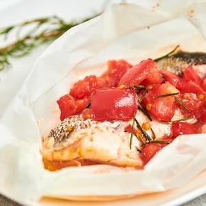 タラとフレッシュトマトの蒸し焼き