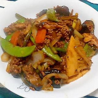 ご飯が進む♪筍とひき肉と彩り野菜のオイスター炒め