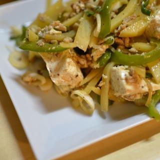 ひき肉と豆腐、野菜のXO醤炒め