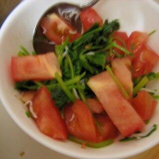 トマトと三つ葉の焼肉たれサラダ