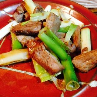 マグロとネギの炒め物
