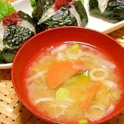 毎日のお味噌汁53杯目*甘~い南瓜と玉葱