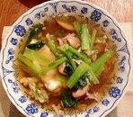 小松菜と椎茸のコンソメスープ