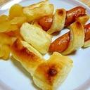 ソーセージのパイ巻きにりんごの甘煮を添えて