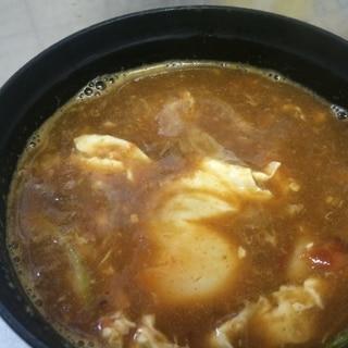 カレーうどんの汁が残ったら 玉子入りスープ