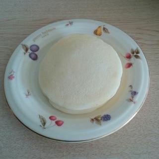 ヨーグルト入り♪白いパンケーキ