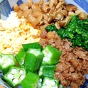 スタミナたっぷり☆6種のネバネバそぼろ丼♪