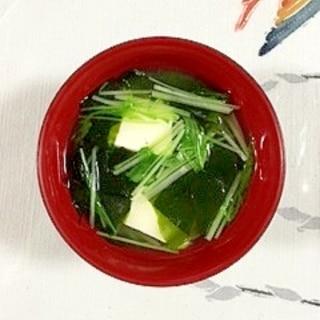 絹ごし豆腐と水菜のお味噌汁