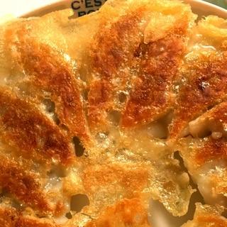 【花嫁キッチン】レッスン#12 ご飯にもお酒にも相性◎!餃子の作り方をマスター