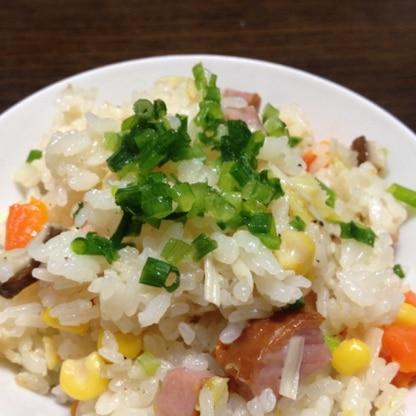 切って後は炊飯器にお任せ(^^;;簡単で美味しいですね(^。^)ご馳走様でした。