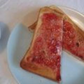苺ジャムバタートースト