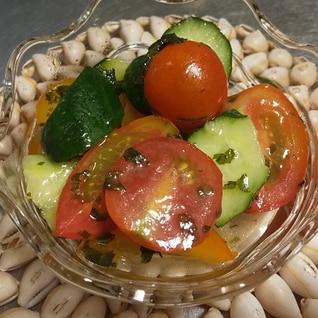 トマトときゅうりの甘酢マリネ