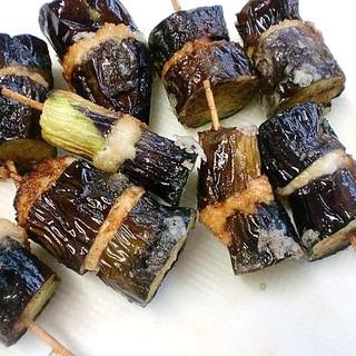 鶏むね挽肉と茄子の串揚げ