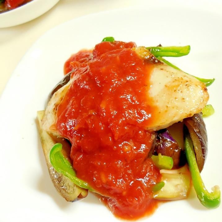 夏野菜とメカジキのムニエル♪トマトソースかけ