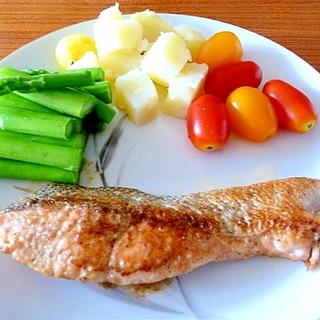 失敗しない!鮭のムニエル☆レモンバターソース