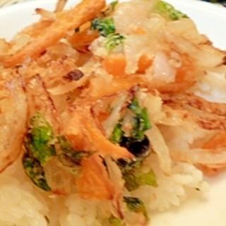 フライパンで焼く☆野菜のかき揚げ風丼