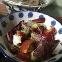 紫キャベツとトマトのサラダ