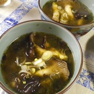 平茸焼き海苔の味噌汁
