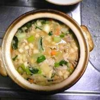 野菜の栄養丸ごと!豚汁風雑炊