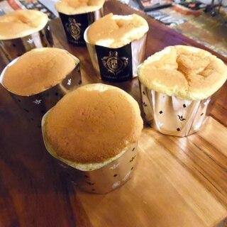 シフォン生地でカップケーキ。