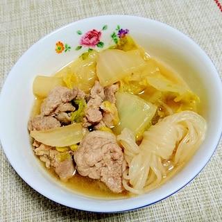 ちょっと甘めがおいしい☆白菜・豚肉・白滝の煮物