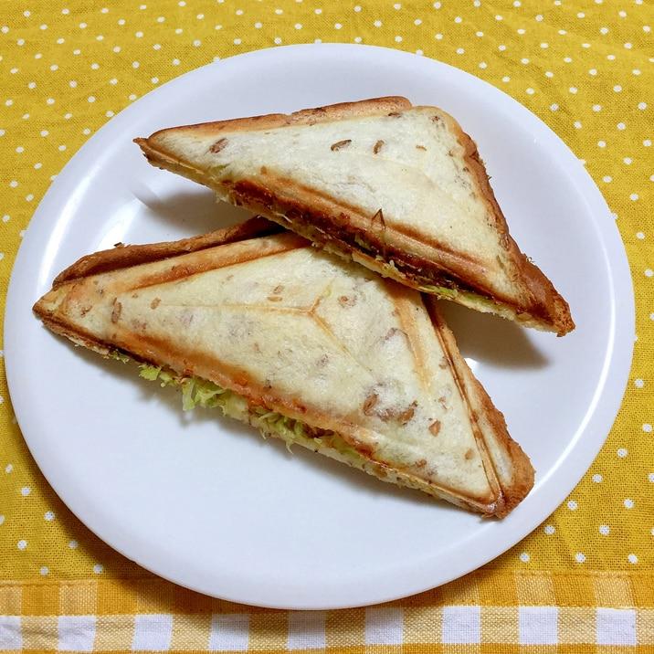 ハムチーズキャベツのホットサンド♪