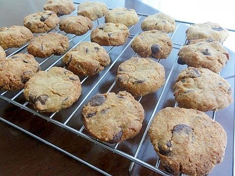 香ばしい♪米ぬかのカントリーチョコクッキー