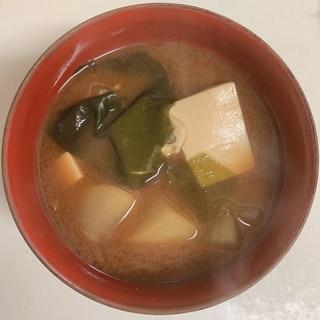 大根と豆腐の味噌汁