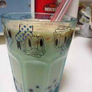 台湾の定番ドリンク パールミルクティ 珍珠奶茶