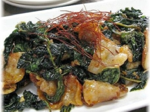 モロヘイヤと豚バラ肉の野菜炒め