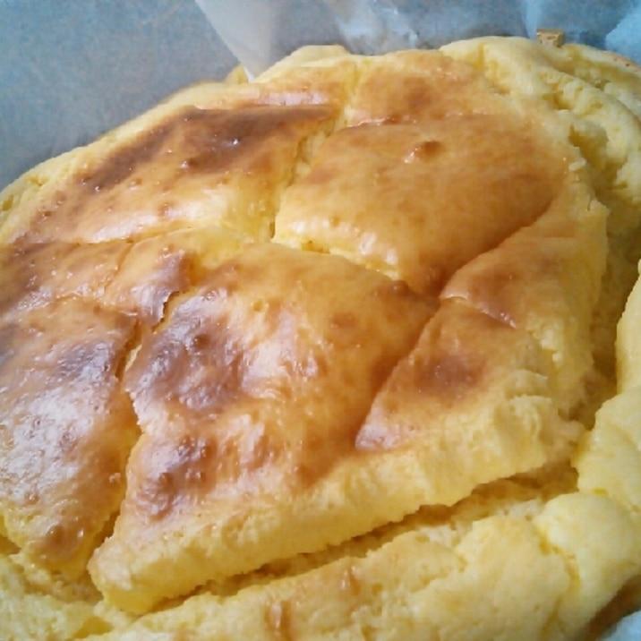 ホットケーキミックスでヨーグルトチーズケーキ