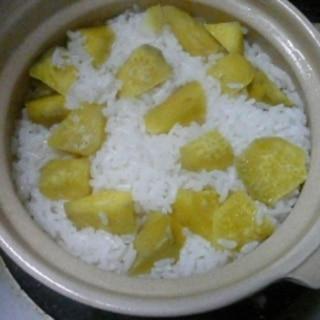 1合でも美味しく炊ける 土鍋でさつまいもご飯。