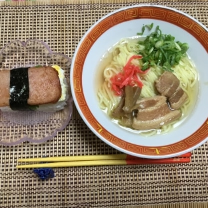 乾麺とラフティで代用しました。