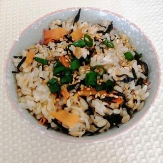 ツナとひじきの炊き込みご飯