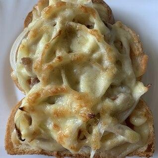 ポテトツナ玉ねぎピザパン