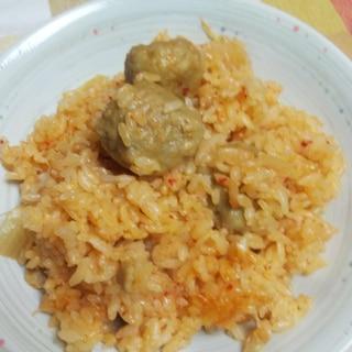 ピリ辛うま☆肉団子とキムチの炊き込みご飯