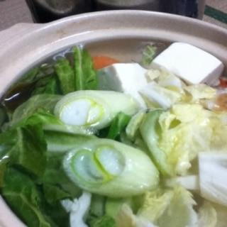 キャベツ入り湯豆腐