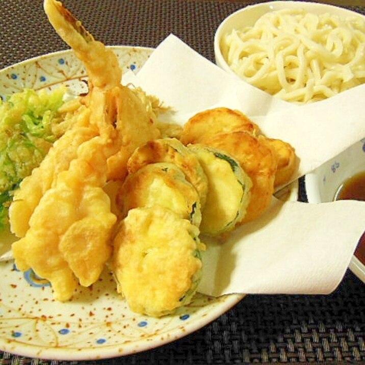 夏に美味しい!たっぷり天ぷらうどん♪