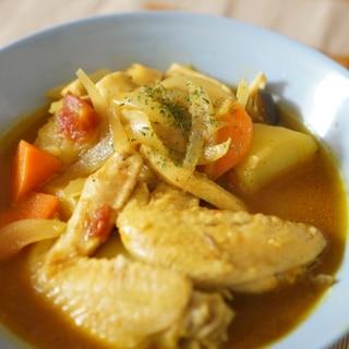 やみつきな味わい♡鶏手羽のスパイシートマトスープ